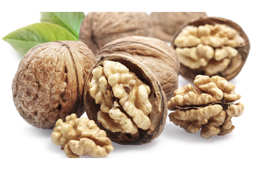Полезные для сердца продукты: грецкие орехи