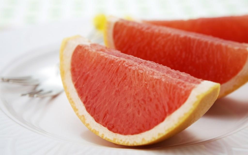 Полезные для сердца продукты: грейпфрукт