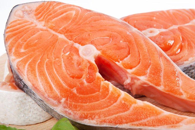 Полезные для сердца продукты: лосось и семга