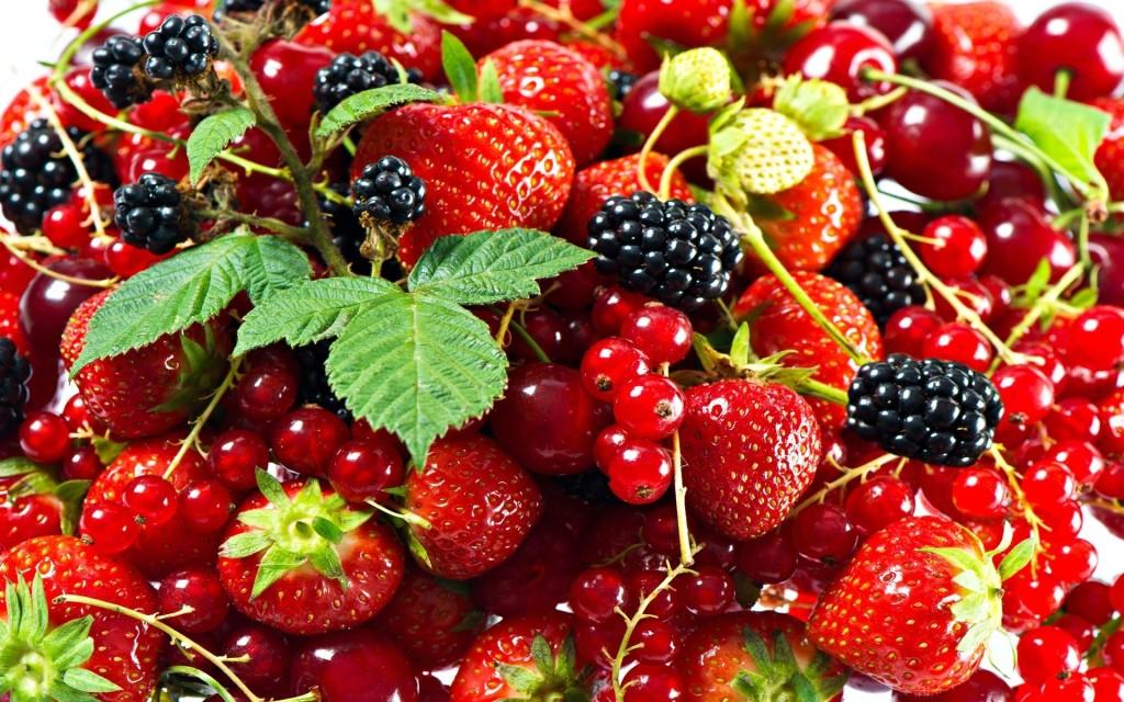 Полезные для сердца продукты: ягоды