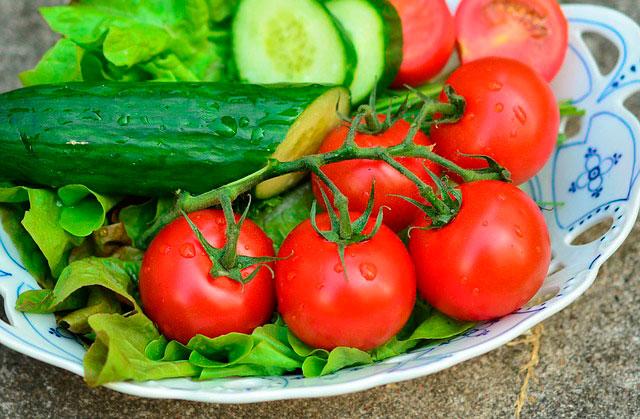 Какие фрукты - овощи вредны при проблемах с пищеварением